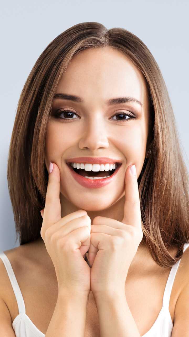Airflow Polish Professional Teeth Cleaning